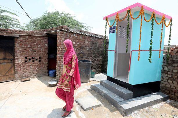Intian hallitus on rakentanut vessoja lopettaakseen ulkosalla tarpeiden tekemisen.