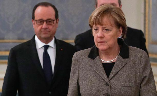 Presidentti Francois Hollande ja Saksan liittokansleri Angela Merkel etsivät ratkaisua Ukrainan kriisiin.