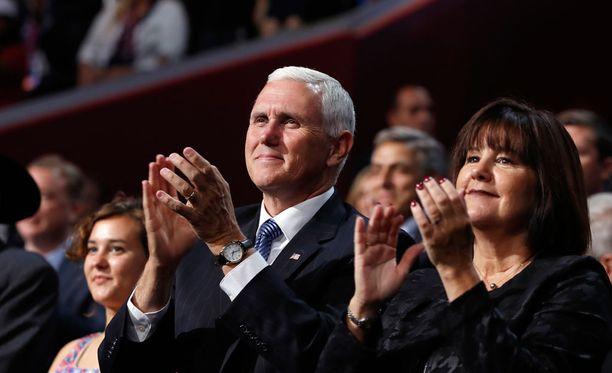Mike Pence nimitettiin odotetusti Trumpin varaehdokkaaksi.