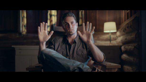 HBO:n Leaving Neverland -dokumentti kertoo myös Wade Robsonin kokemuksia erittäin yksityiskohtaisesti. Videolla puhuvat myös Robsonin läheiset.