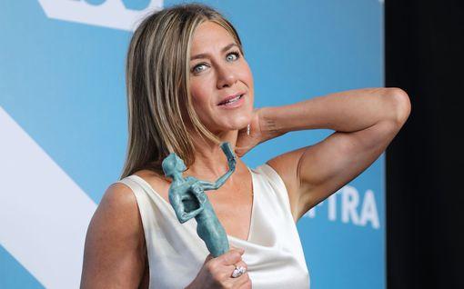 Jennifer Aniston suree Frendien siirtymistä – paluujakso kuvattaneen vasta toukokuussa 2021