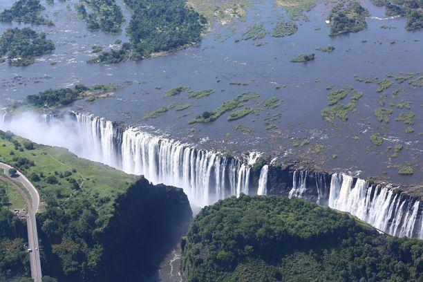 Pienlentokone oli matkalla Pohjois-Zimbabwessa sijaitsevalle Victoria Falls -lentokentälle, joka sijaitsee parinkymmenen kilometrin päässä Victorian putouksista. Kuvituskuva.
