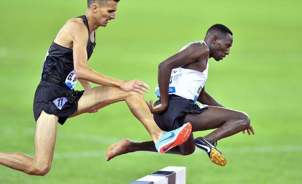 Consesius Kipruto voitti Zürichin Timanttiliigan 3 000 metrin estekisan ilman toista piikkaria. Jalkine irtosi tapahtuman alkuvaiheissa.