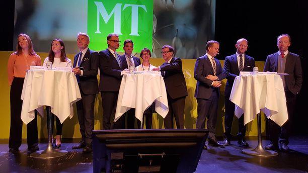 Eduskuntapuolueiden puheenjohtajat ja heitä tuuranneet varamiehet osallistuivat MTK:n ilmastoaiheisiin tenttiin Helsingin Vanhalla ylioppilastalolla keskiviikkona.