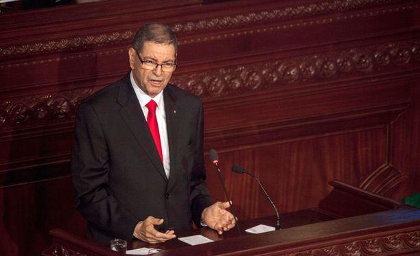 Tunisian pääministeri Habib Essid sai maansa hallitukselta epäluottamuslauseen.