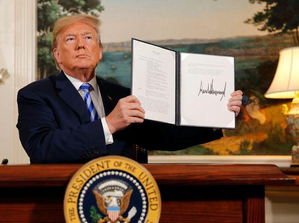 Presidentti Donald Trump ei näytä mieltyneen ydinaseita rajoittaviin sopimuksiin. Trump esitteli eromääräystä Iranin ydinsopimuksesta kaksi vuotta sitten.