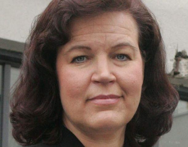 Sisäministeri Anne Holmlund pelkää kohun vaikuttavan poliisin toimintakykyyn ja julkiseen kuvaan.<br>