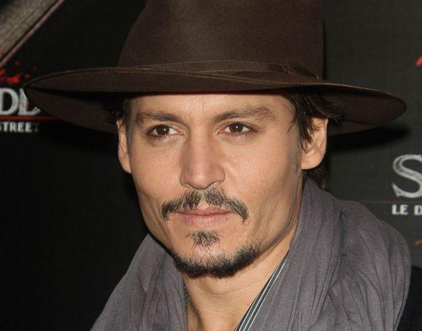 Cosmopolitan-lehden kysely oli nelikymppisten miesten juhlaa. Voiton vei Johnny Depp.