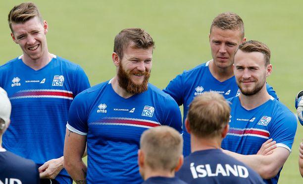 Islannin pelaajia ei liiemmin kiinnosta hirmuinen hintaero Ranskaan.