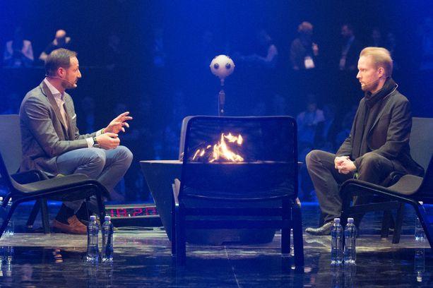 Norjan kruununprinssi Haakon ja filosofi Pekka Himanen esiintyivät Slush-tapahtumassa Helsingissä marraskuussa 2016.