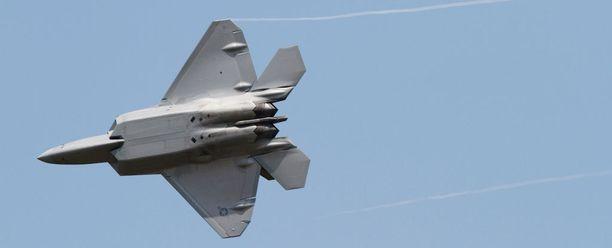 USA:n ilmavoimien F-22-hävittäjä.