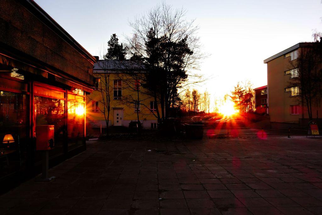 Harvinainen valoilmiö vyöryy Suomeen: Aurinko