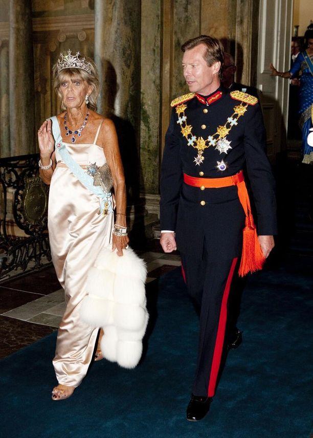 Princess Birgitta edusti Victorian ja Danielin häissä kesäkuussa 2010.