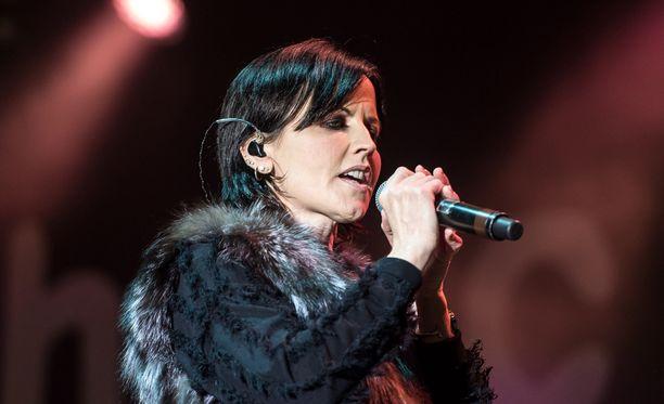 Dolores O'Riordanin ja The Cranberries -yhtyeen suurin hitti lienee vuonna 1994 ilmestynyt Zombie.