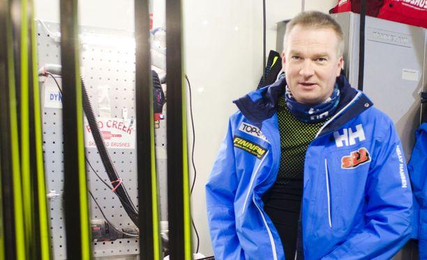 Matti Haavisto toimii Suomen maajoukkueen huoltopäällikkönä.