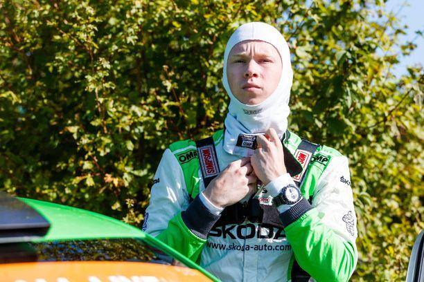 Kalle Rovanperä varmisti Walesin MM-rallissa WRC 2 Pro -luokan mestaruuden.