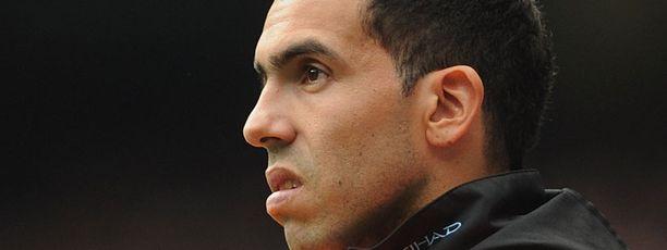 Carlos Tevez joutui pelikieltoon.