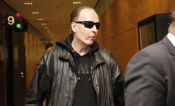 Michael Penttilä kuvattuna Helsingin hovioikeudessa maaliskuussa.