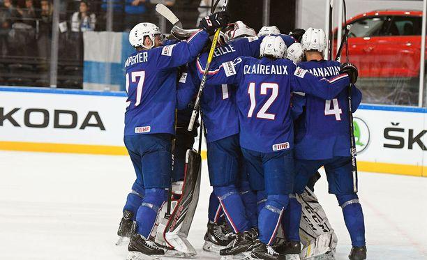 Ranska murjoi Suomen jäänrakoon MM-kisoissa.