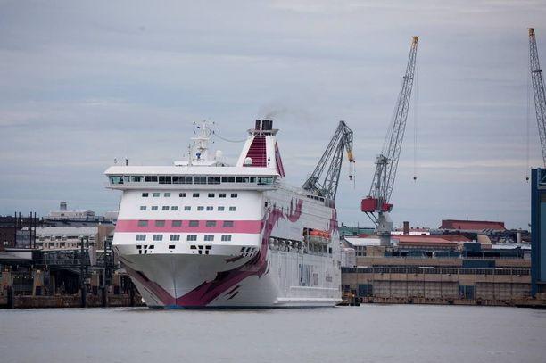 Osa salakuljetetuista taittoi matkan Ruotsista Suomeen Baltic Princess -laivalla.
