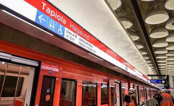 Länsimetron liikennöinti alkaa näillä näkymin syyskuussa.