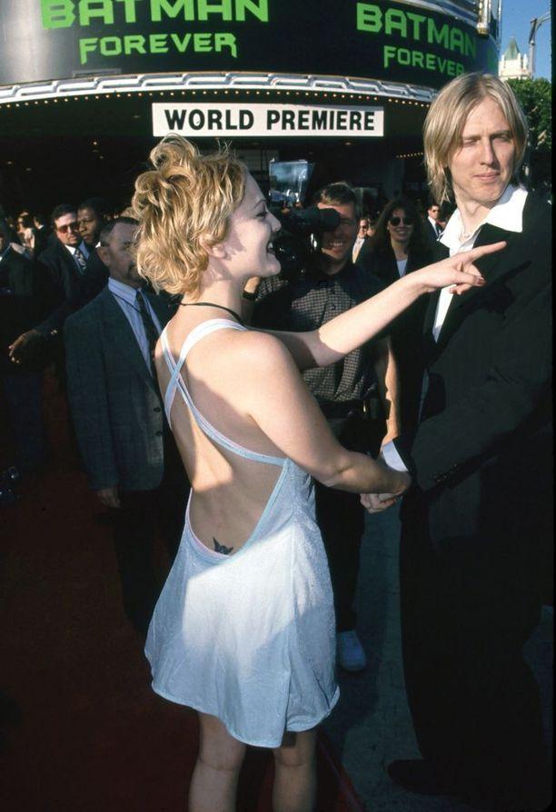 Drew Barrymorekin innostui alaselkätatuoinneista.