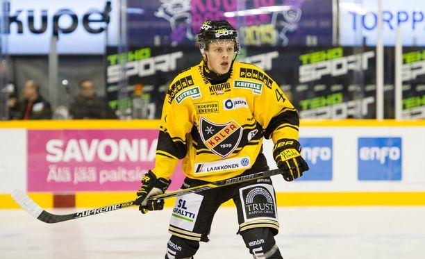 Kasperi Kapanen oli tärkeä pala KalPan tasoittavassa voitossa.