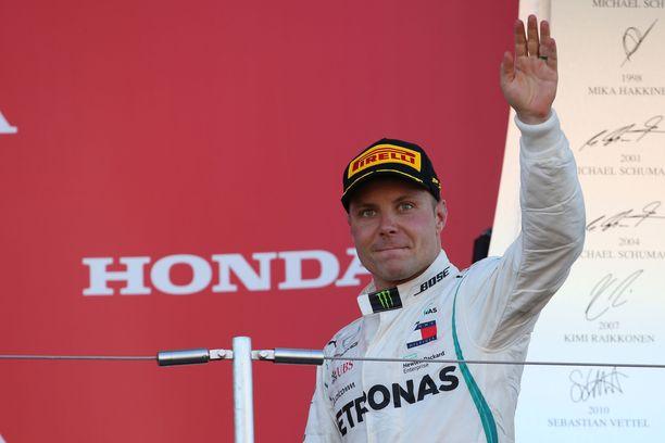 Valtteri Bottas varmasti Mercedes-tallin historian 44. kaksoisvoiton.