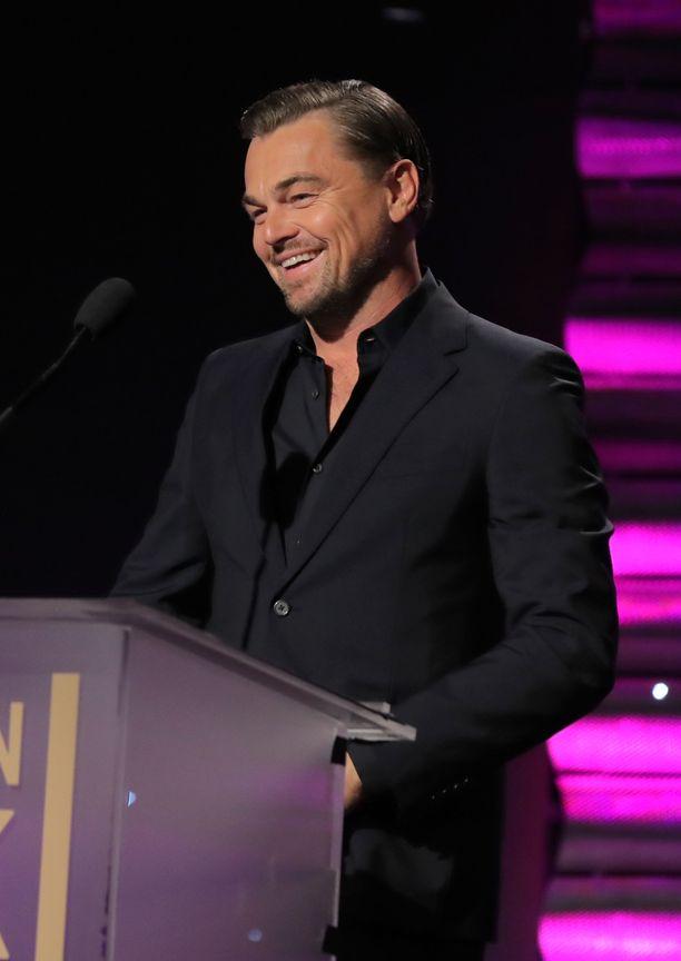 Leonardo DiCaprio lupaa pitää voittajalle seuraa elokuvan kulisseissa.