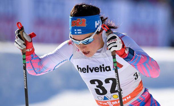 Krista Pärmäkoski hiihti toiseksi 15 kilometrin yhdistelmäkisassa.