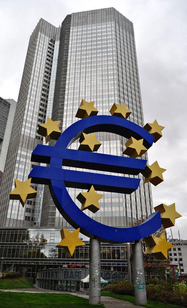 EKP:n tarkoituksena on saada raha liikkeeseen Euroopassa.
