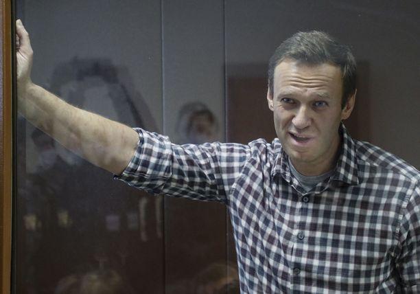 Navalnyi on jälleen oikeudessa lauantaina. Kuva Babušinskin alueen oikeustalolta Moskovasta.