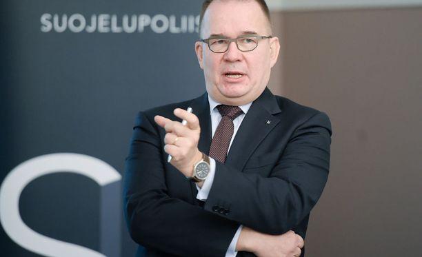 Suojelupoliisin päällikkönä toimii Antti Pelttari.