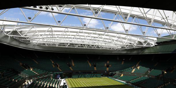 Wimbledonin legendaarista turnausta ei välttämättä pelata tulevana kesänä.
