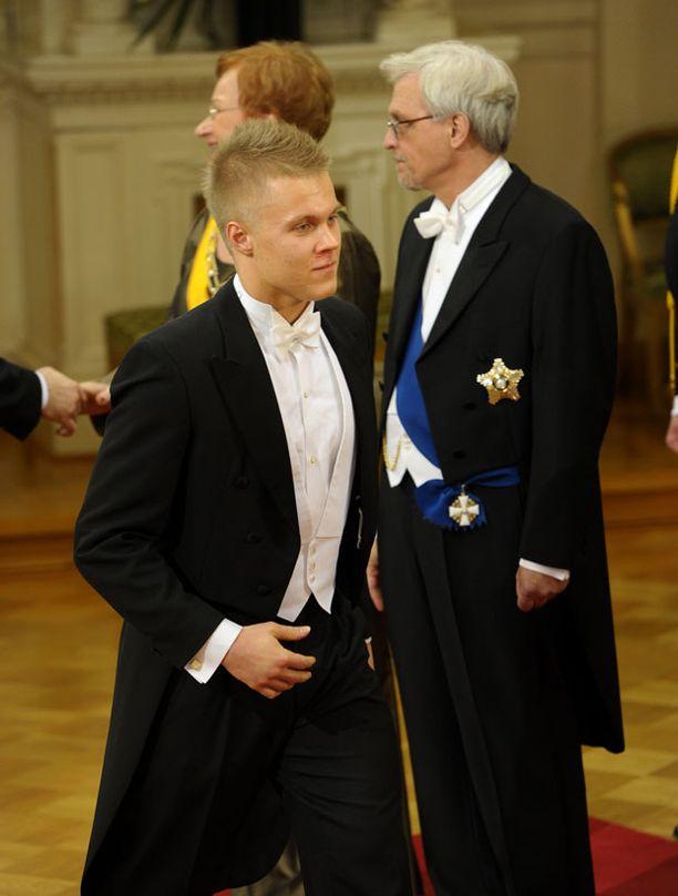 Mikael Granlund edustaa ilman seuralaista.