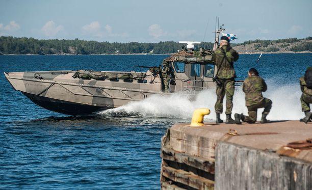 Suomi voisi kriisissä päästä mukaan Naton sotilaallisiin vastatoimiin.