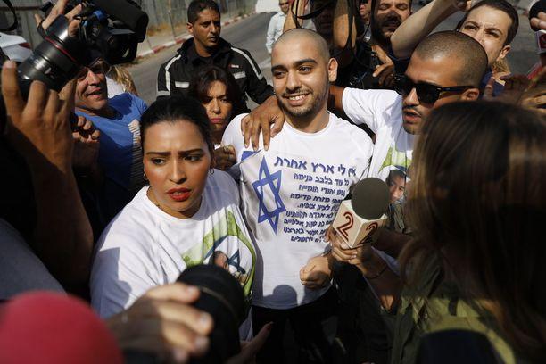 Elor Azaria (kesk.) aloitti tuomionsa kärsimisen viime elokuun 9. päivänä.