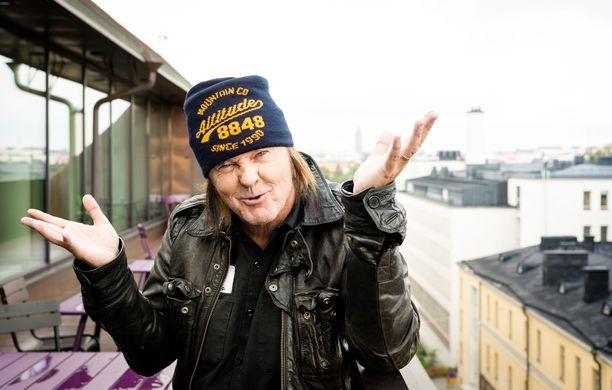Kari Peitsamo on tunnettu suomalainen muusikko.
