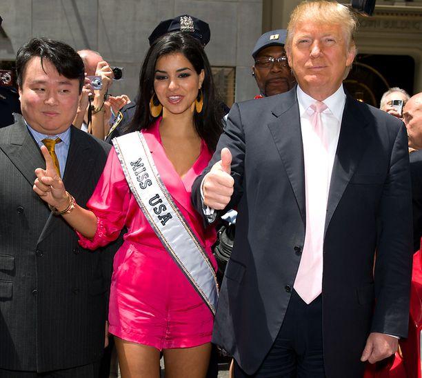 Donald Trump ja NBC Universal omistavat Miss Universe -tuotemerkin.