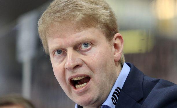 Jukka Rautakorpi saa odotella rauhassa finaalivastustajaa.