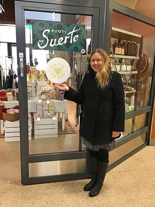 Titta Kyllönen ideoi palvelun, jonka kautta löytää tietoa suomalaisista pikkupuodeista. Mukana on ketjuihin kuulumattomia myymälöitä eri puolilta maata.