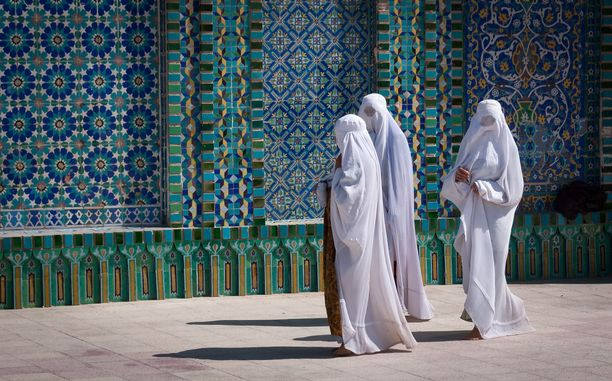 Ulkoministeriön matkustustiedotteiden mukaan Afganistaniin ei kannata matkustaa.