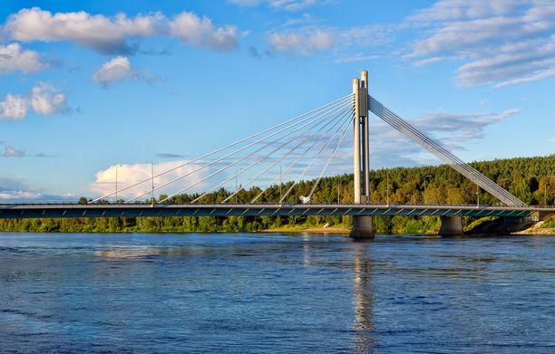 Viimeisimpien tietojen mukaan Rovaniemellä on yli sata ihmistä, jotka ovat altistuneet koronavirukselle.