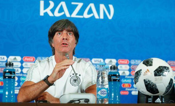 Joachim Löwin johtama Saksan maajoukkue on keskiviikkona kovassa paikassa.