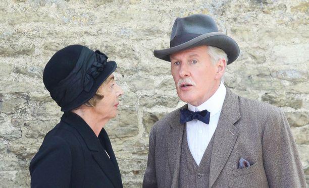 Downton Abbeyn viimeinen kausi on nähtävillä Netflixissä. Kuvassa näyttelijät Sue Johnston ja David Robb.