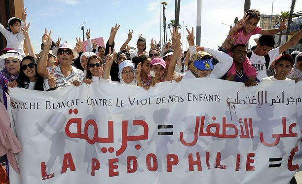 Casablancassa osoitettiin mieltä vuonna 2013 lapsiraiskauksia vastaan.