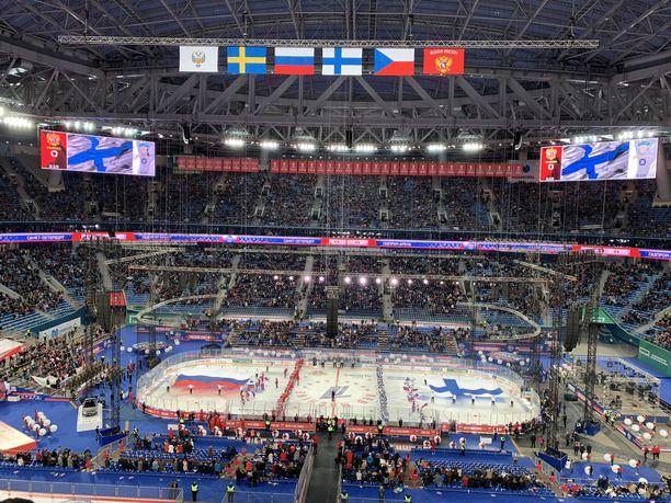 Venäjän ja Suomen kohtaamista edelsivät näyttävät seremoniat.