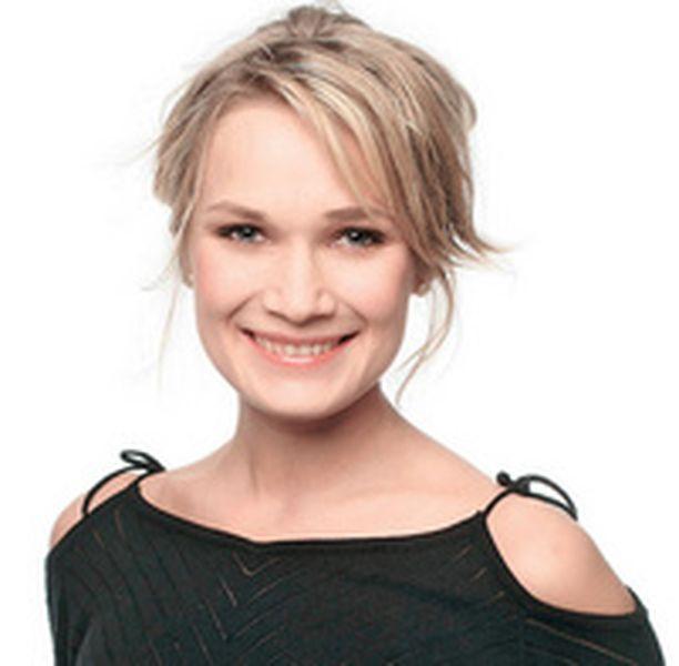 Stylisti Ulla Rantakari testaa kosmetiikkauutuudet puolestasi.