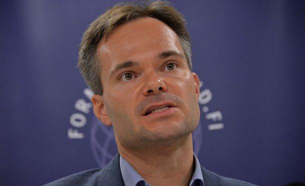 Ulkomaankauppa- ja kehitysministeri Kai Mykkänen (kok).
