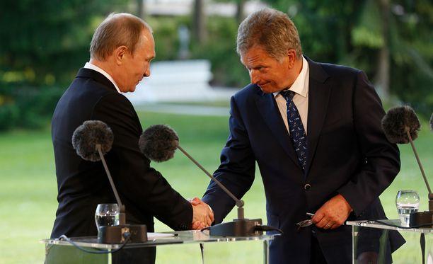 Jos Suomi olisi Natossa, mitä luulette Venäjän tekevän, Putin kysyi retorisesti.